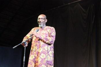 Rogo Koffi Fiangor, conteur togolais «Les professeurs qui doivent enseigner le conte ne sont pas des conteurs»