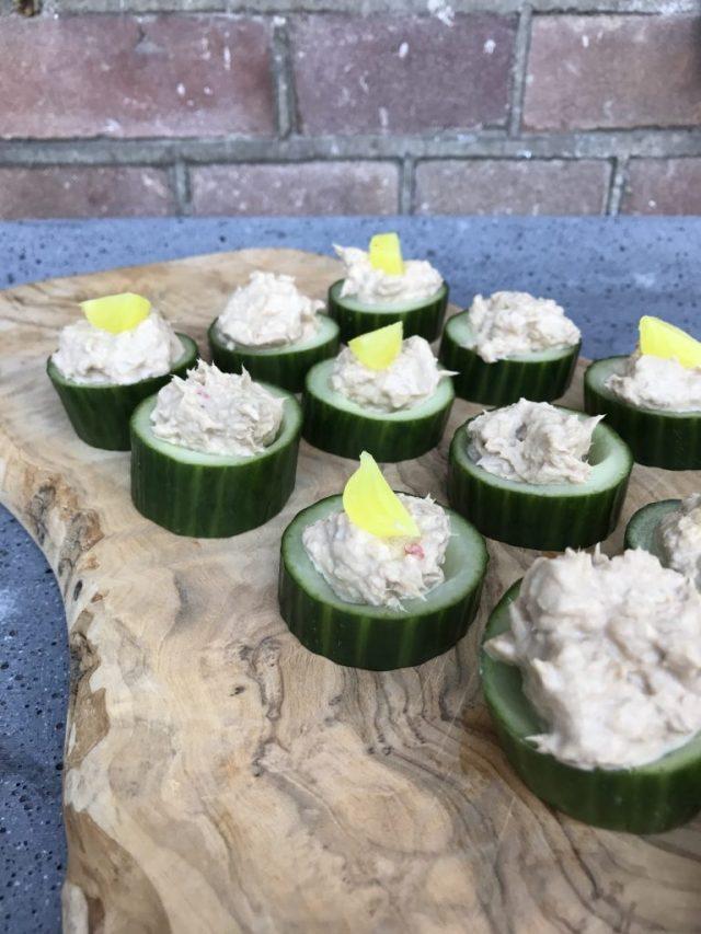 tonijn-komkommertoastjes