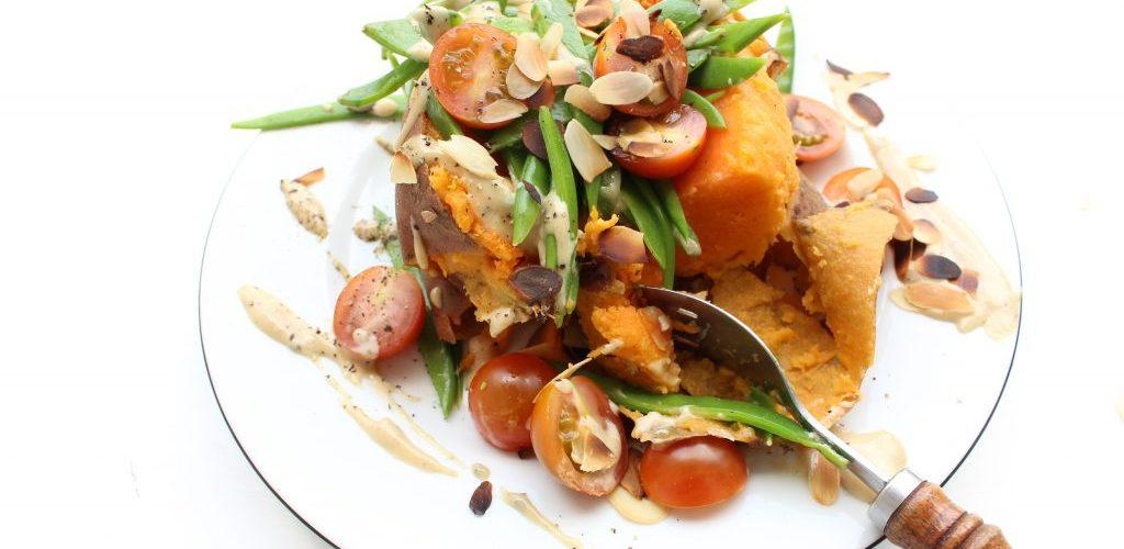 vegan gevulde zoete aardappel
