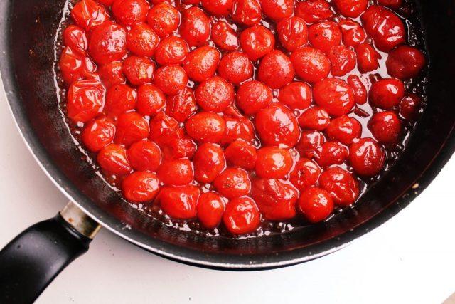 Tarte tatin van cherrytomaatjes