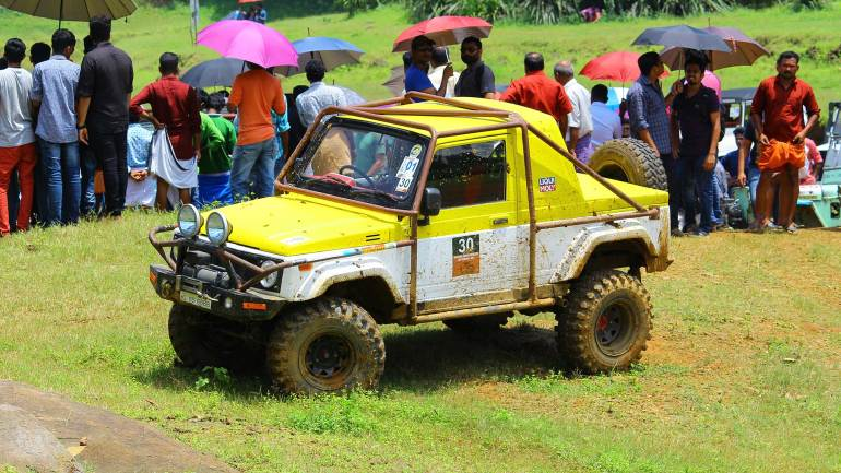 Bhoothathankettu-Fest-(Four-Wheel-mud-race)-Vehicle-parked-after-the-race