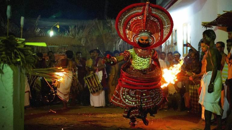 Gurukkal-Daivam