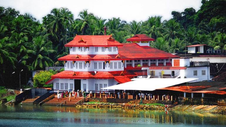 Parassinikadavu-Muthappan-Temple