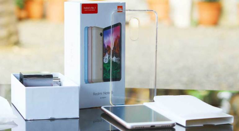 Xiaomi-Redmi-Note-5-Package-Contents-Clear-Soft-Case