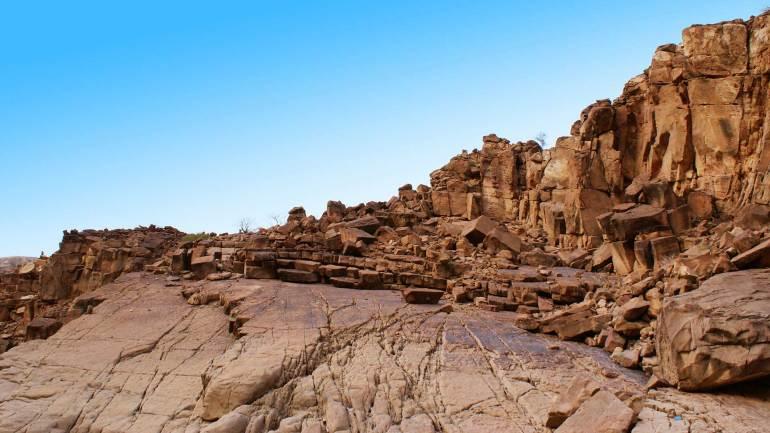Berbera-Beach-Rocks-and-hills(Gulf-of-Aden),-Somaliland