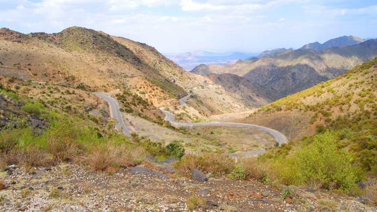 View-of-Berbera-Burao-Curvy-highway-pass-through-Sheikh-mountains,-Sheikh-village-Somaliland