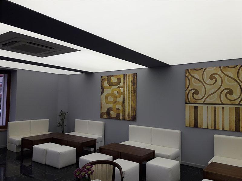 Каменград-светещ-опънат-таван-1