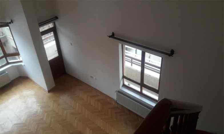 Tüm daire pencereleri sökülerek yerlerine fıratpen S75 serisi pvc kapı ve pencereleri yapılacak.