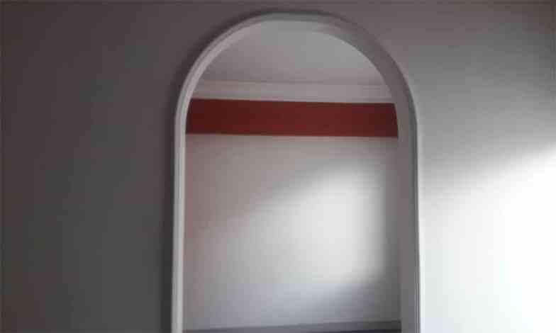 Üst kat yatak odası yanındaki küçük oda giyinme odası olarak düzenlenecek.