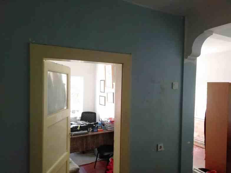 Harabe bir evi boyamak1