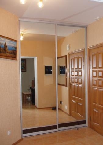 дизайн маленькой прихожей в однокомнатной квартире фото 1