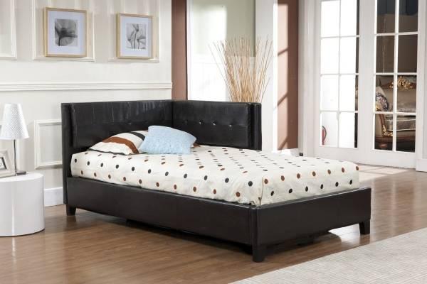 Köşe döşemeli mobilya - köşe başlıklı yatak