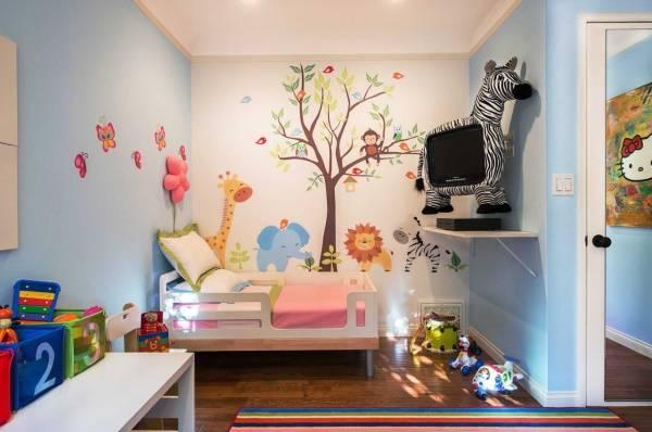 Çocuklar iç çıkartmalar - ağaç ve hayvanlar