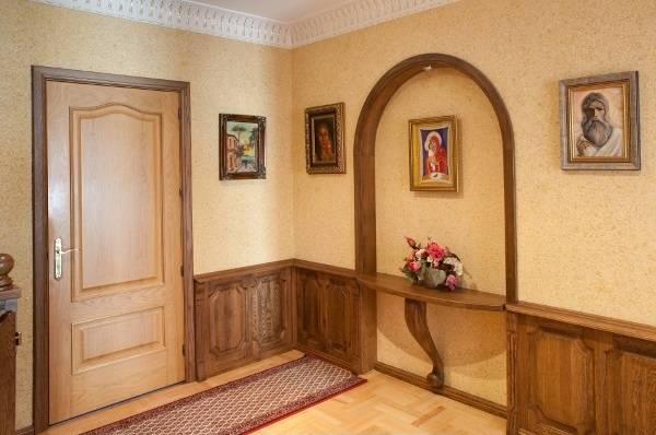 Bej sıvı duvar kağıdı - sıradan dairelerde iç mekanların fotoğrafı