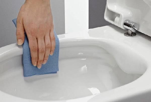 Çerçevesiz yerde duran tuvalet, fotoğraf 23