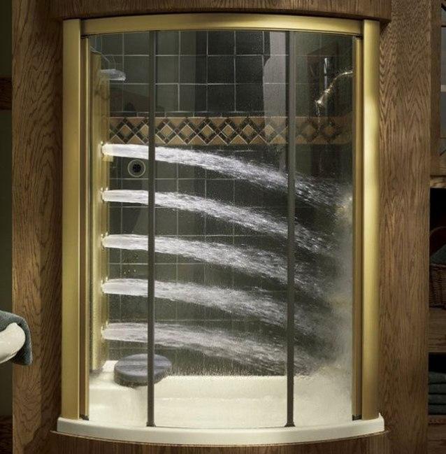 köpekbalığı duşlu duş kabini