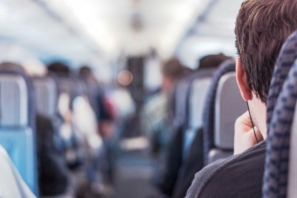 10 Hal yang Wajib Kamu Siapin Sebelum Perjalanan Jauh.jpg