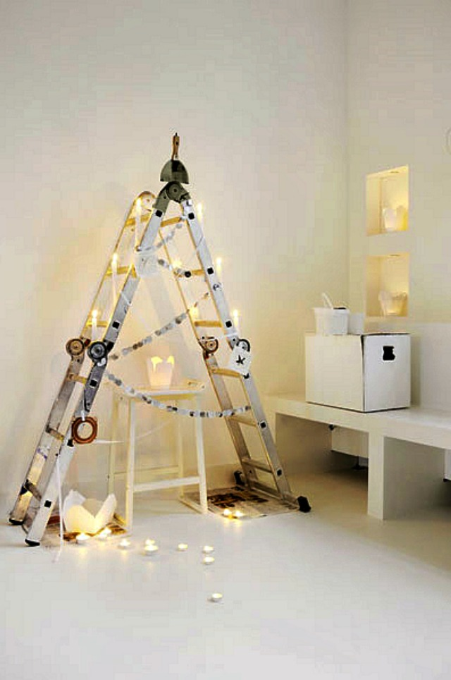 cool-christmas-tree-alternatives11.jpg