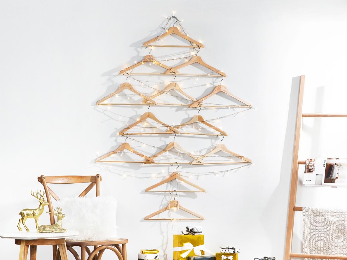 Dengan Benda benda Ini Kamu Bisa Buat Pohon Natal Versi Kamu
