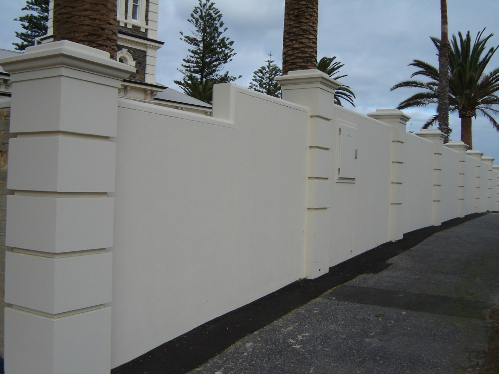 cat pagar rumah