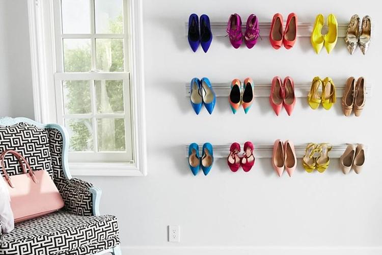 Rak Sepatu Penempel di Dinding