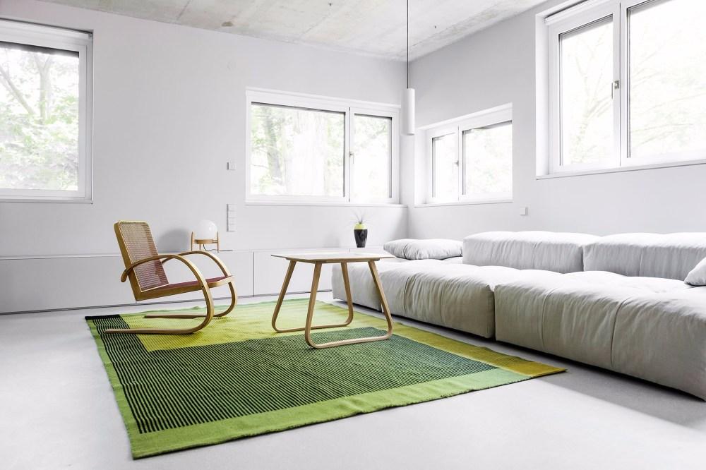 Elemen-vintage-untuk-desain-ruang-tamu-minimalis-ukuran-3x3.jpg