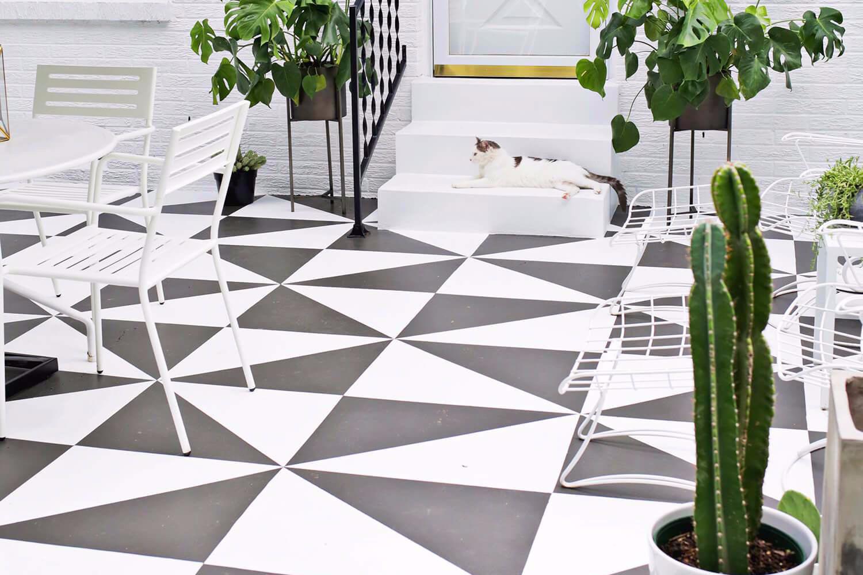 Model Keramik Teras Warna Hitam Sobat Interior Rumah