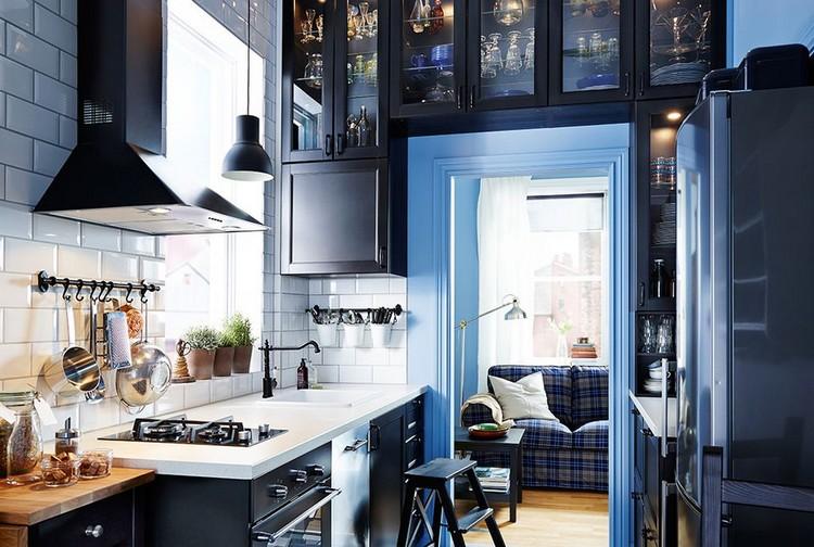 Memanfaatkan Setiap Sudut dengan Maksimal Desain Dapur Kecil