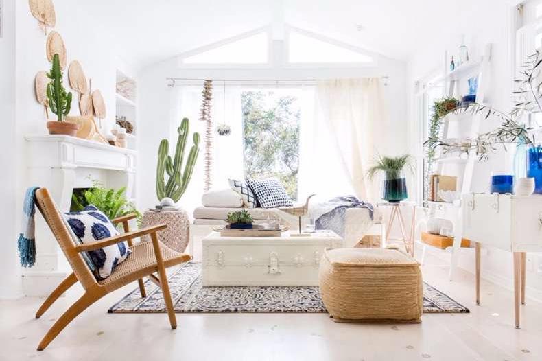 Desain Rumah Minimalis 2 Lantai 6x12 Interior Putih