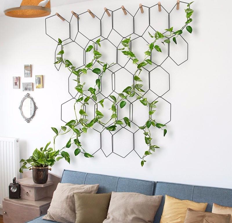 Inspirasi Desain Apartemen Ala Bohemian Modern Living Wall
