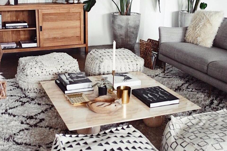 Ruang Keluarga Meja
