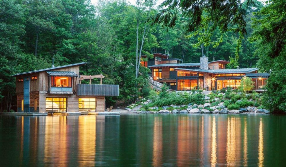 Rumah Bambu Semi ModernRumah Bambu Semi Modern