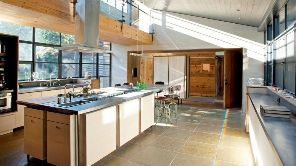 Desain Rumah 2 lantai Back To Nature