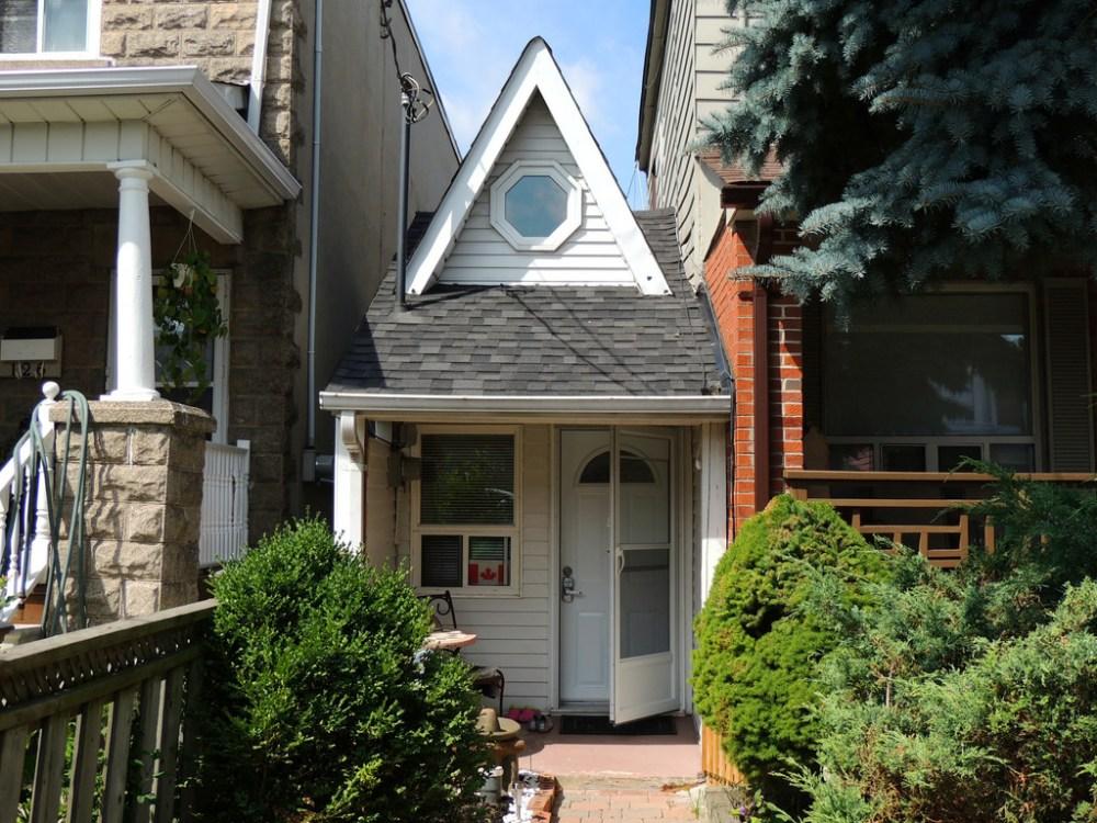 Rumah Terkecil Di dunia Toronto's Little House