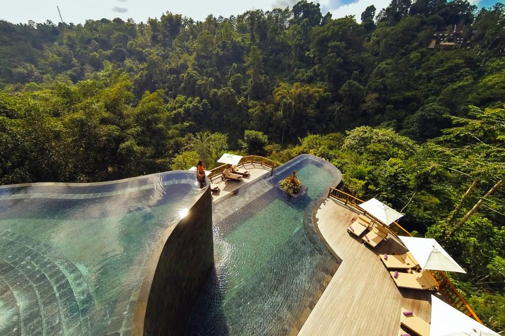 Kolam Renang Ubud Hanging Gardens Hotel