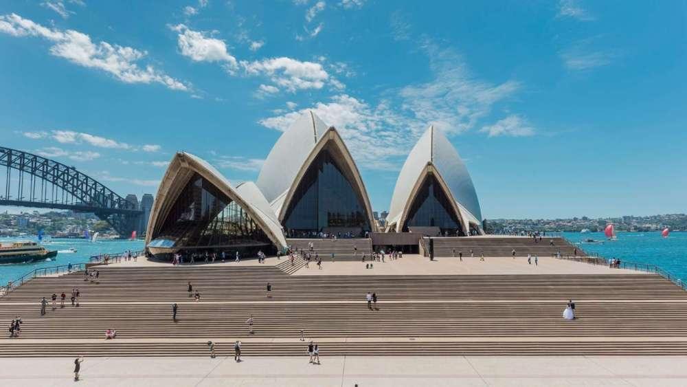 Arsitektur Kontemporer Opera House