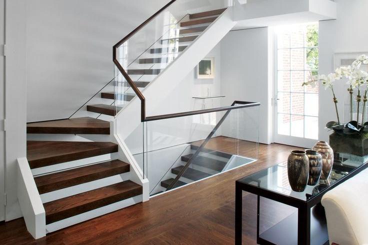 6 Desain Tangga Rumah Mewah Kece Buat Rumah Masa Depanmu