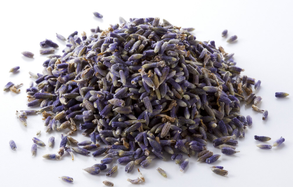 Membersihkan Tungau Dengan Lavender Kering