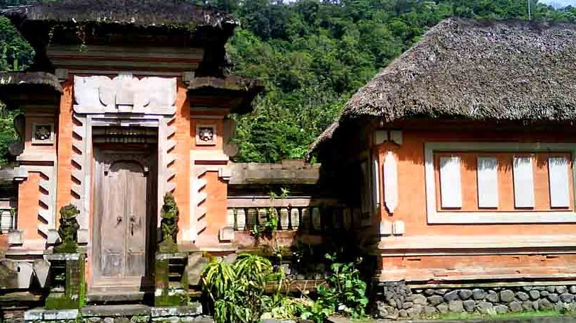 Rumah Bali Budaya Hindu