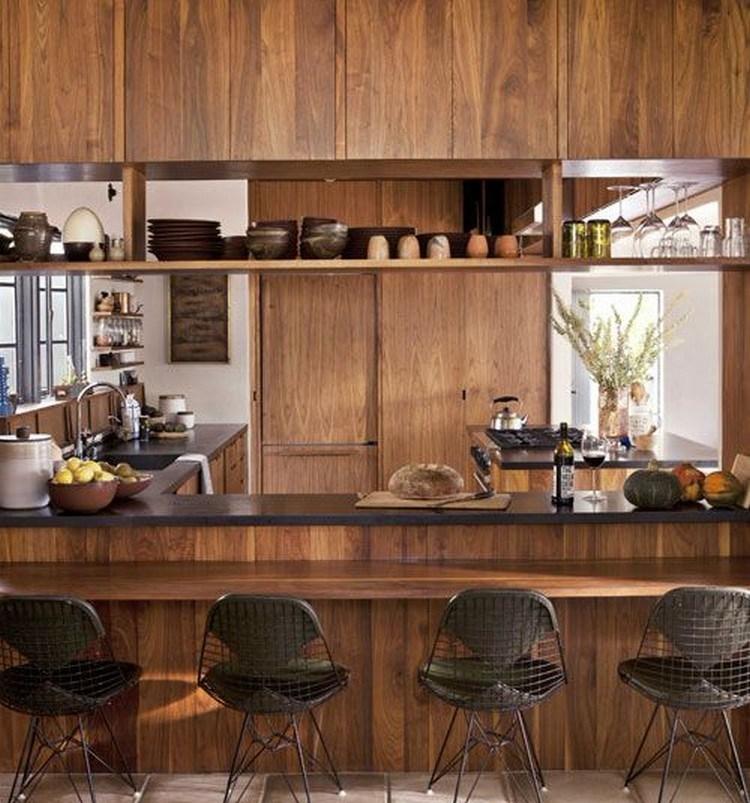 Dapur bersih ala Jepang dengan rak terbuka
