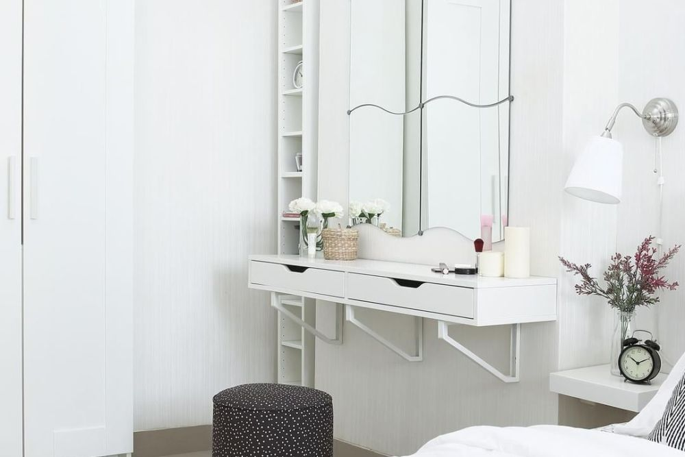 Cermin untuk Dekorasi Kamar Tidur