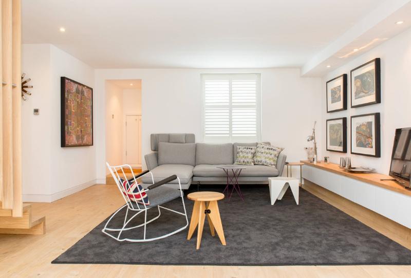 Desain Ruang Santai Klasik