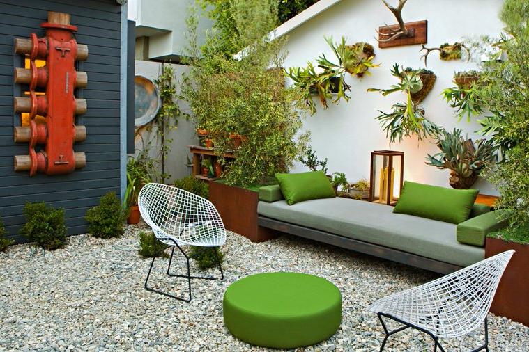 Ruang Santai Taman Outdoor