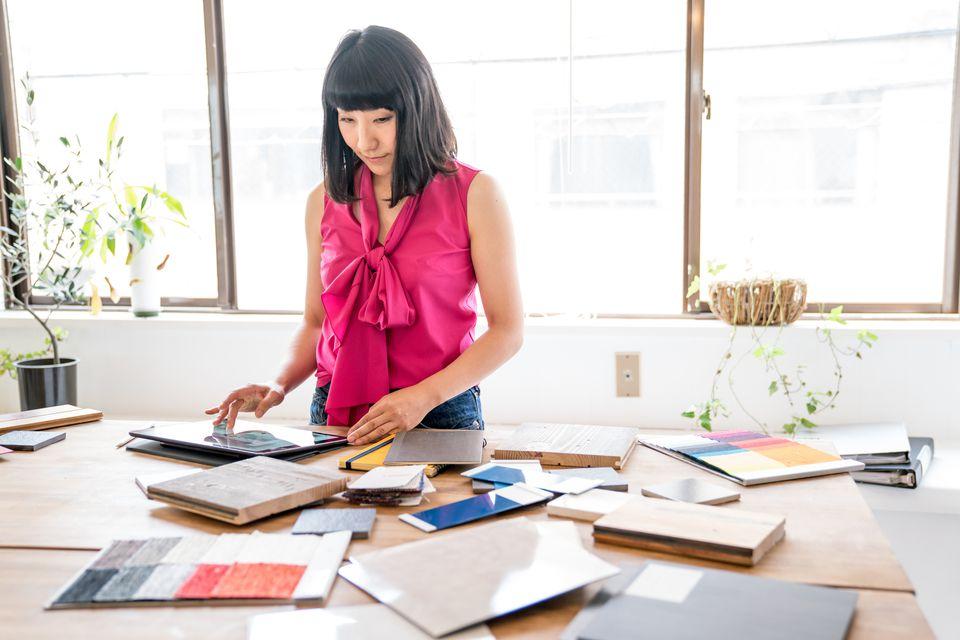 menentukan tema interior designer