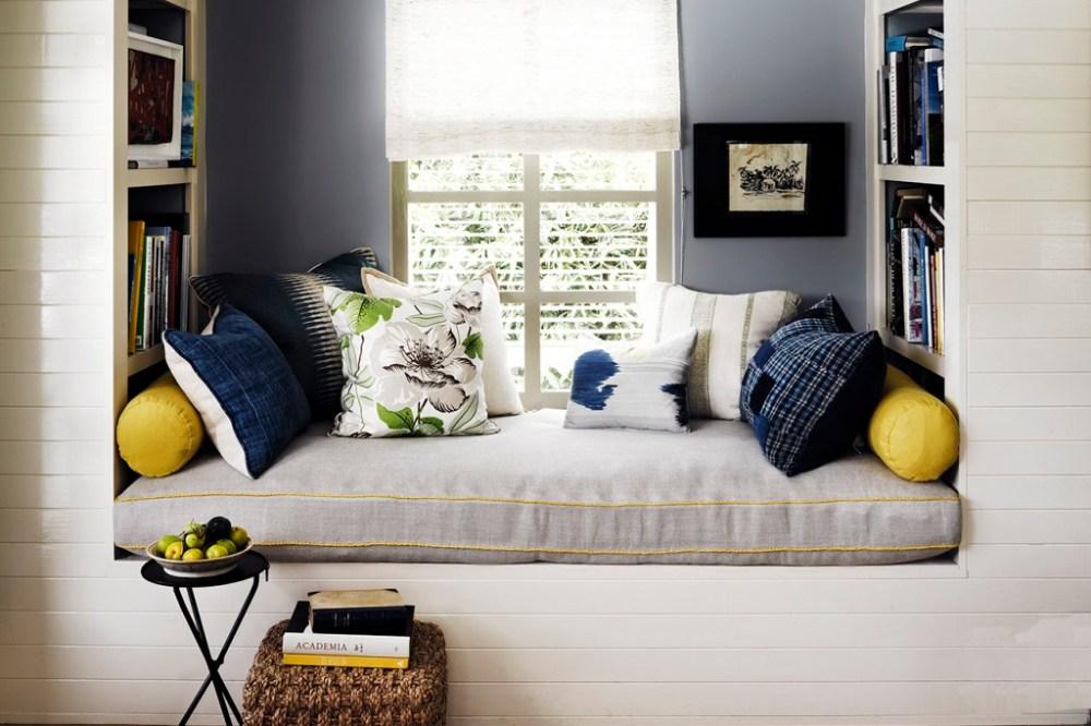 Bangku Ruang Baca Kamar Tidur