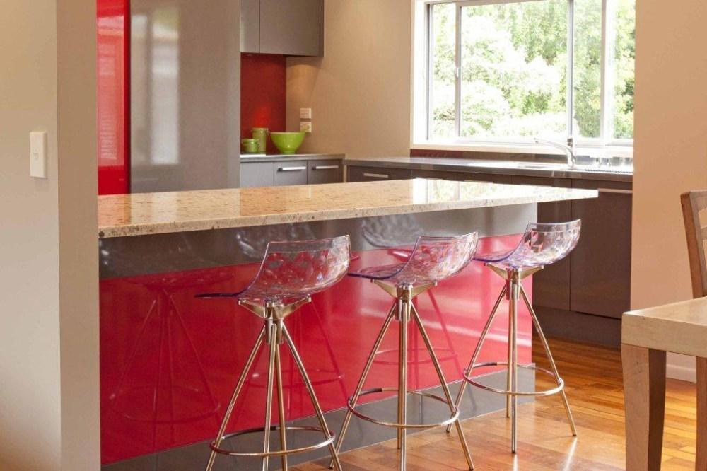 meja bar minimalis merah