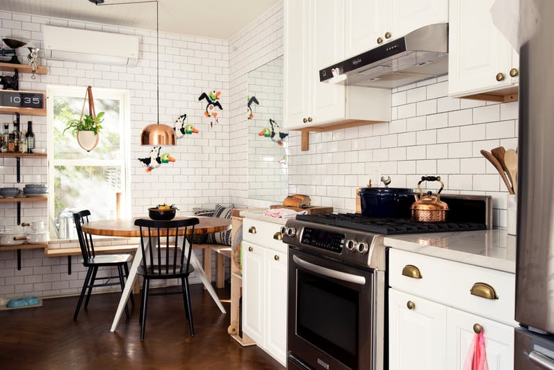Putih Warna Keramik Dapur