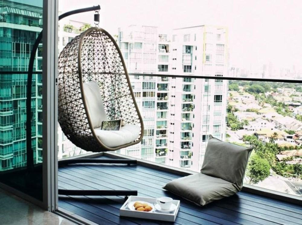 Balkon Rumah Dekor Modern