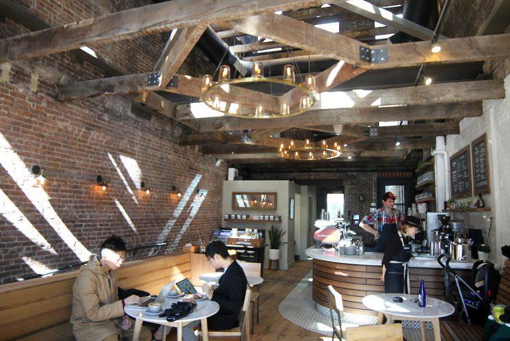 Jalan Jalan Mengintip 9 Desain Interior Cafe Kecil