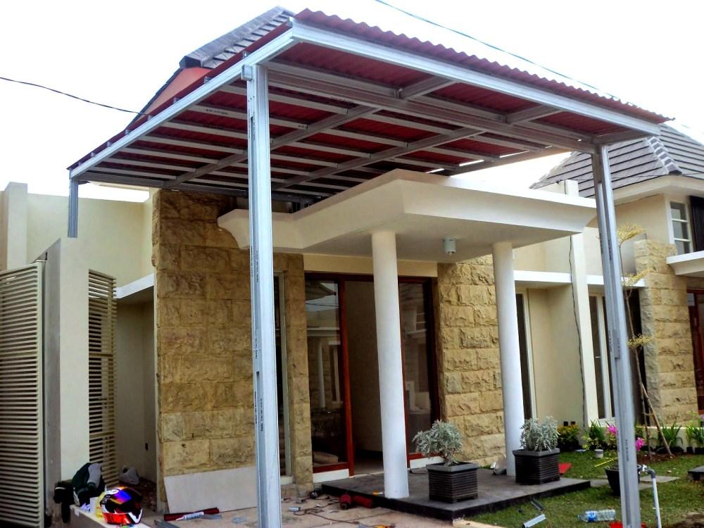 Kanopi rumah dengan atap go green
